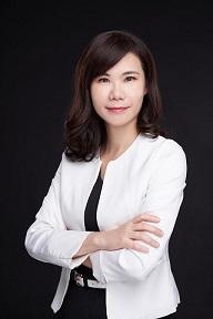 顏溦伶 IDP國際教育中心 HR經理、講師